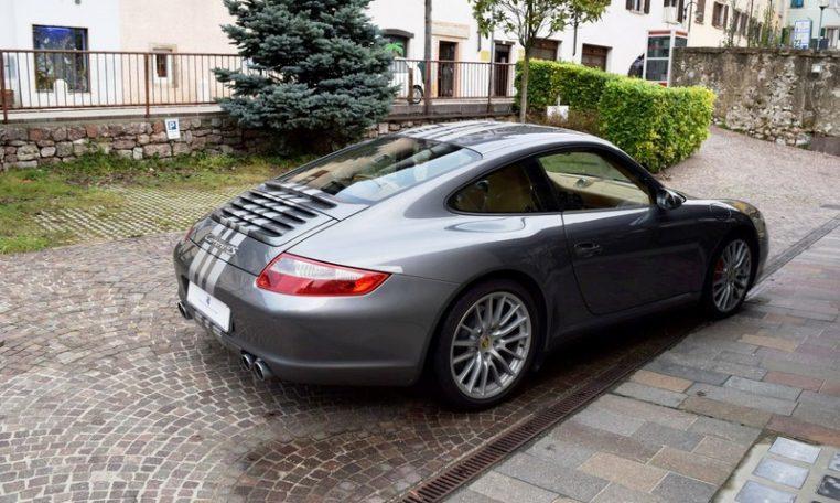 Porsche 997 coup 4s 3 8 355cv alessandro melfi auto for Porsche design ufficio stampa